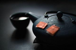 Le thé vert puissant anti-inflammatoire