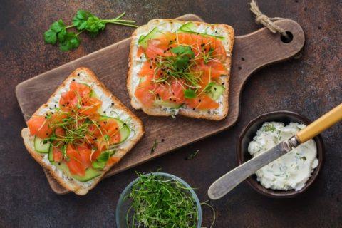 Tartines de Saumon et Alfalfa