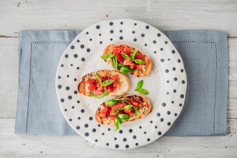 Bruschetta Tomate & Basilic